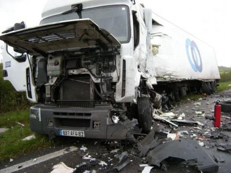 terrible-accident-route-de-la-guerche_665266
